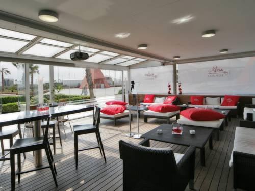 terraza-omega-hotel-neptuno